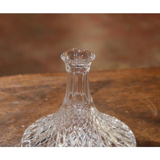 French Midcentury French Cut Glass Wine Decanter With Stopper For Sale - Image 3 of 7