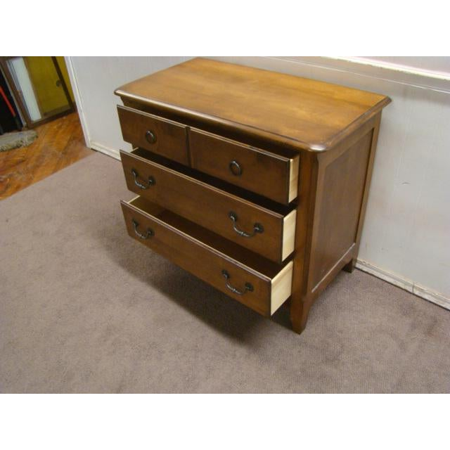 1990s French Country Pennsylvania House Solid Maple Chest For Sale - Image 6 of 9