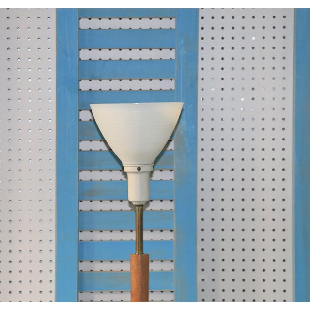 Mid-Century Modern Vintage Brass and Walnut Wood Floor Lamp For Sale - Image 3 of 5