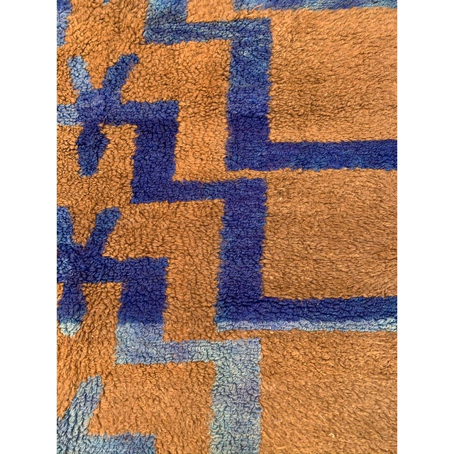 Boho Chic Long Hair Turkish Brown & Blue Geometric Step Pattern Rug- 4′3″ × 6′9″ For Sale - Image 3 of 9
