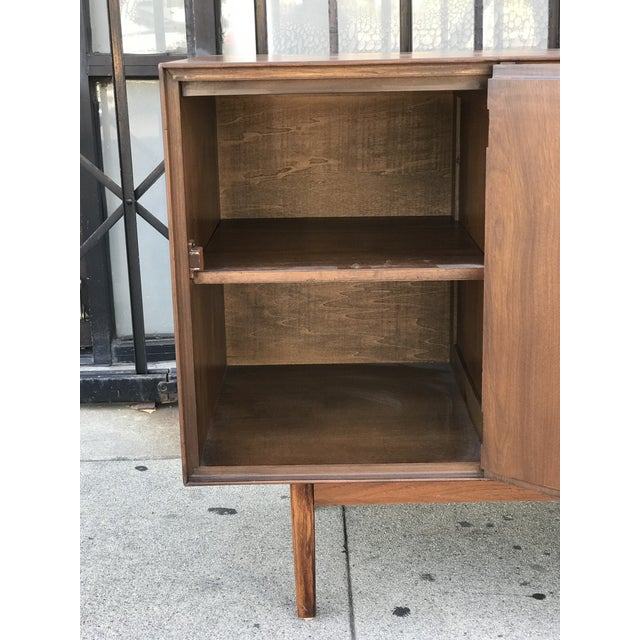 Stanley Distinctive Furniture Credenza by Stanley For Sale - Image 4 of 13