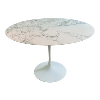 "Mid Century Modern Eero Saarinen Knoll 48"" Tulip Marble Dining Table For Sale"
