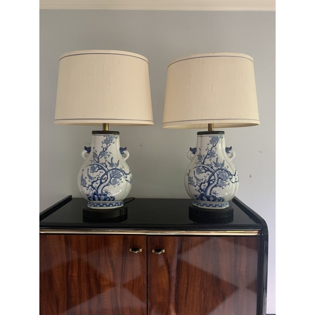 Mid-Century Frederick Cooper Chinoiserie Blue & White Porcelain Lamps - a Pair For Sale - Image 11 of 12