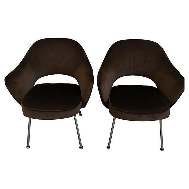 Mid-Century Modern Eero Saarinen Executive Armchairs - a Pair For Sale - Image 3 of 4