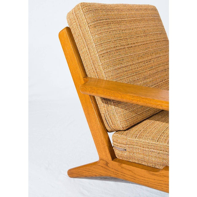 Pair of Hans Wegner GE-290 Lounge Chairs For Sale - Image 9 of 10