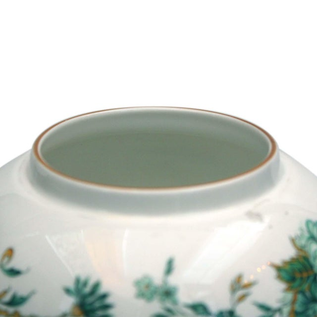 """Crown Staffordshire """"Kowloon"""" Ginger Jar For Sale - Image 4 of 5"""