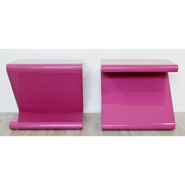 Contemporary Modern of Acrylic Z Shaped Side End Tables 1980s Pink - a Pair For Sale - Image 4 of 11
