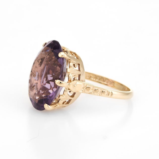 Vintage Amethyst Ring 9 Karat Gold Large Cocktail English Estate Fine Jewelry For Sale - Image 4 of 8
