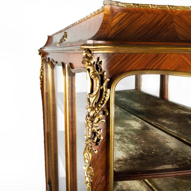 Louis XV Antique Louis XV Vitrine For Sale - Image 3 of 7