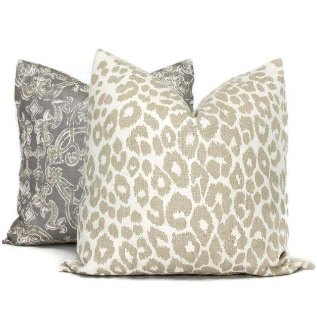 "Schumacher 20"" X 20"" Schumacher Iconic Leopard in Linen Decorative Pillow Cover For Sale - Image 4 of 4"