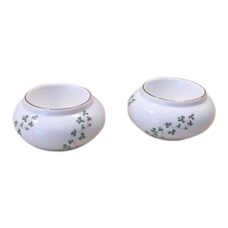 1980s Royal Tara Fine Bone China Tea Lights Shamrocks - a Pair For Sale