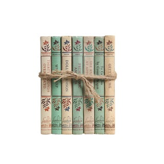 Vintage Decorative Book Gift Set: Landmark History Selections in Khaki & Green For Sale