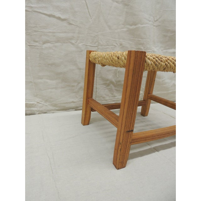 American Vintage Rectangular Shaker-Style Foot Stool With Seagrass Woven Seat For Sale - Image 3 of 7