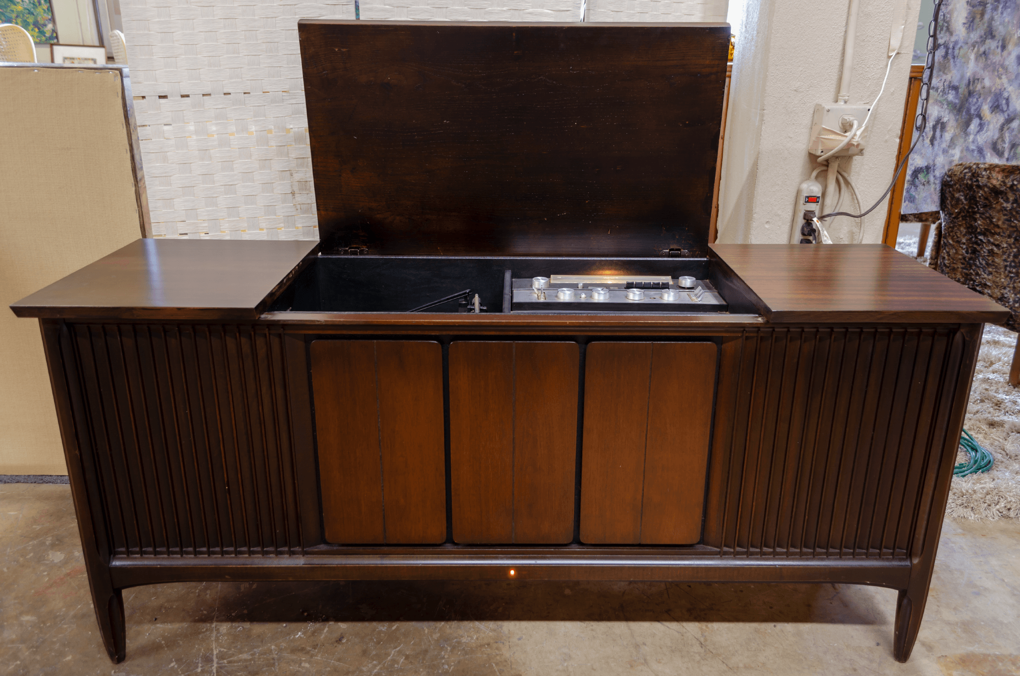 1960u0027s Mahogany Claritone Stereo Cabinet. Model #8131. This Is A Working Am/
