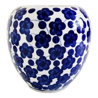 Vintage Chinoiserie Blue & White Blossoms Planter Vase For Sale