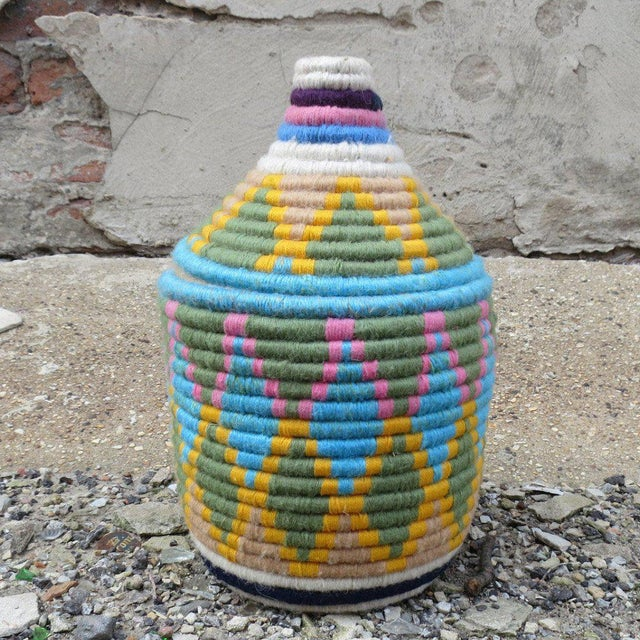 Islamic 'Easter Dye' Moroccan Woven Bread Basket For Sale - Image 3 of 5