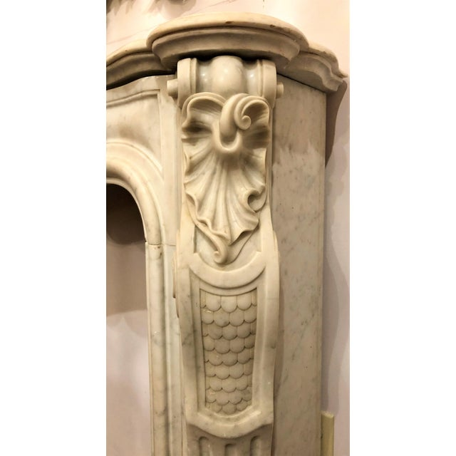 Louis XV Antique French Louis XV Carrara Marble Fireplace Mantel, Circa 1860. For Sale - Image 3 of 4