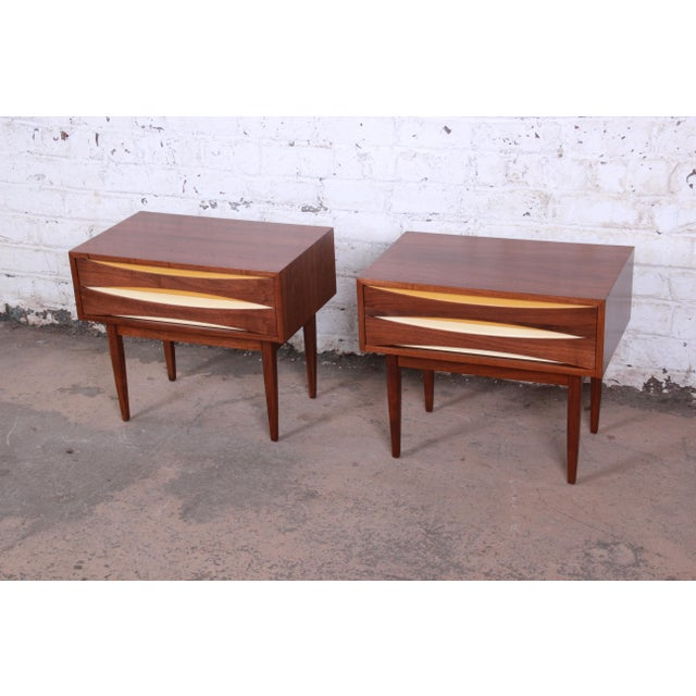 Danish Modern Mid-Century Modern Walnut Nightstands by West Michigan Furniture Co. - a Pair For Sale - Image 3 of 11