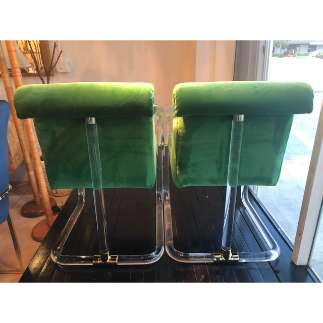 Vintage Signed Lion in Frost Hollywood Regency Lucite Brass Emerald Green Velvet Arm Chairs- A Pair For Sale In West Palm - Image 6 of 13