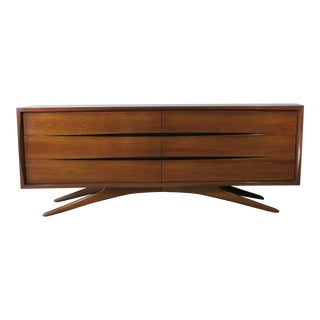 Vladimir Kagan for Grosfeld House 6 Drawer Dresser Circa 1955 For Sale