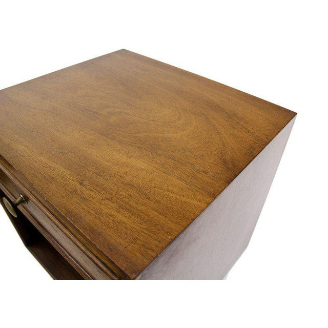 Johnson Furniture Co. Pair of Johnson Mid-Century Modern Walnut Night Stands For Sale - Image 4 of 7