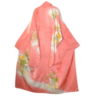 Gold Embroidery Japanese Silk Kimono For Sale