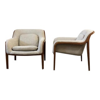 Bill Stephens for Knoll Lounge Chairs - a Pair For Sale