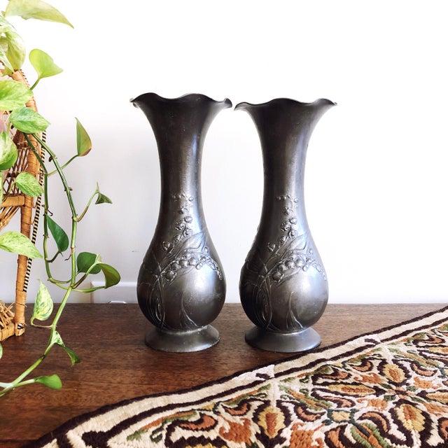 """Antique set of 2 Kayserzinn Art Nouveau period pewter vases with floral motifs. Marked """"12 Kayserzinn 4077."""" The Kayser..."""