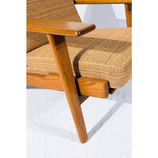 Wood Pair of Hans Wegner GE-290 Lounge Chairs For Sale - Image 7 of 10