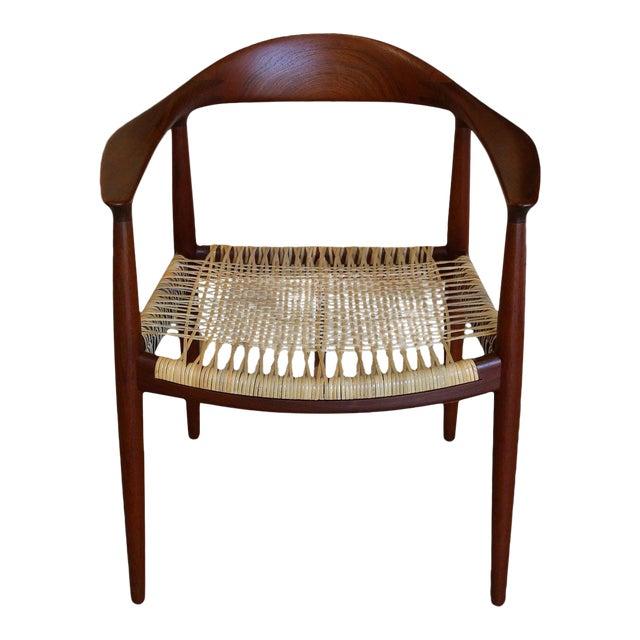 Mid-Century Modern Johannes Hansen for Hans Wegner Round Teak Side Chair For Sale