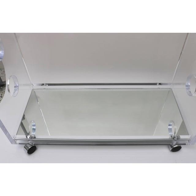 Alexander Millen Showroom Sample - Custom Designed Lucite and Mirror Bar Cart by Alexander Millen For Sale - Image 4 of 11