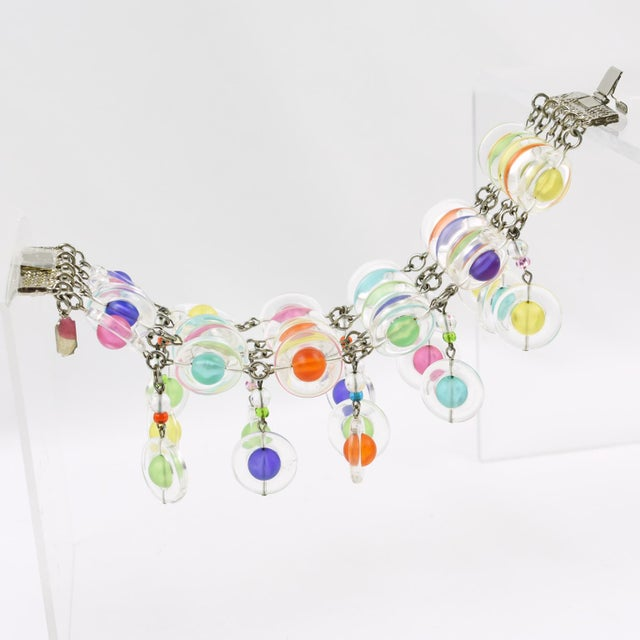 1990s Eric Beamon Multicolor Lucite Link Bracelet With Charms For Sale - Image 5 of 9