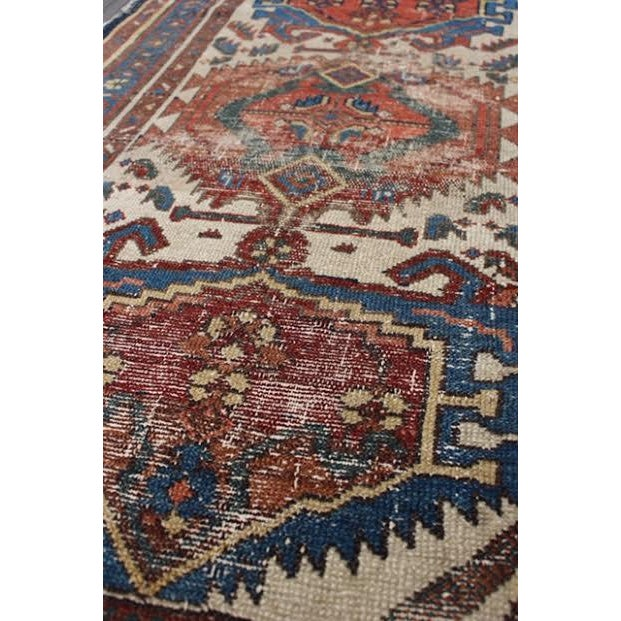 """Antique Persian Rug - 2'9"""" x 4'5"""" - Image 4 of 9"""