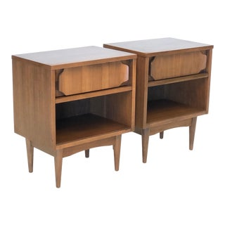 Mid Century Modern Side Tables in Walnut For Sale