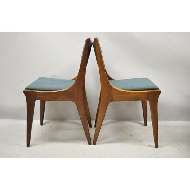 Mid-Century Modern Drexel Dateline John Van Koert Walnut Mid Century Modern Dining Chairs - a Pair For Sale - Image 3 of 13