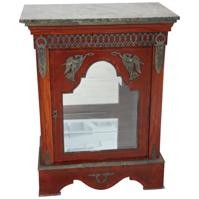 19th Century French Napoleon III Walnut Cabinet or Vetrine With Green Marble Top For Sale - Image 12 of 12