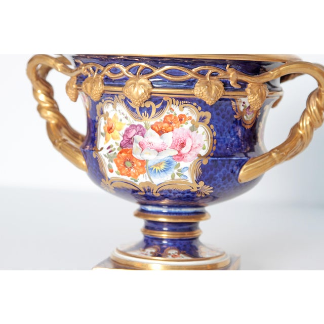 Gold Pair of 19th Century English Porcelain Fruit Coolers With Covers For Sale - Image 8 of 13