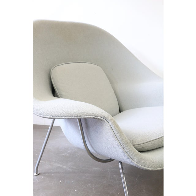 Fabric Pair of Knoll Womb Chairs by Eero Saarinen For Sale - Image 7 of 12
