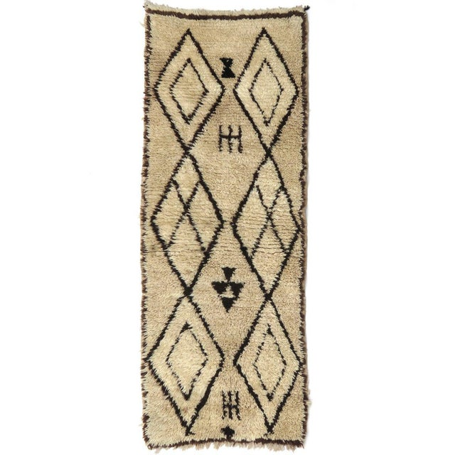 Textile Vintage Moroccan Azilal Runner - 2′5″ × 6′2″ For Sale - Image 7 of 7