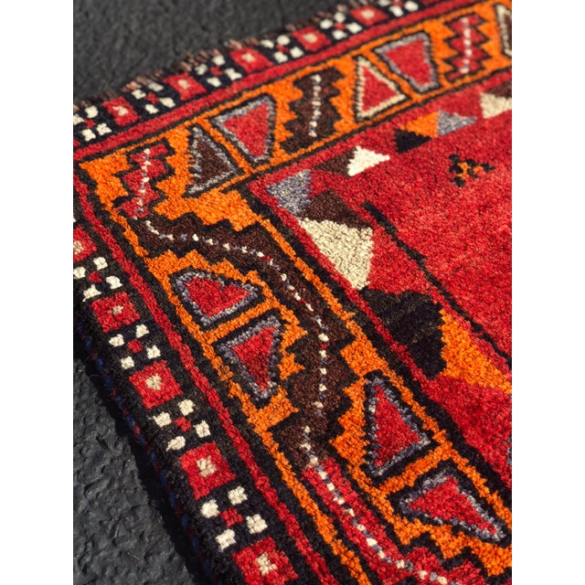 "Vintage Persian Qashghi Rug - 4'2""x9' For Sale - Image 11 of 13"