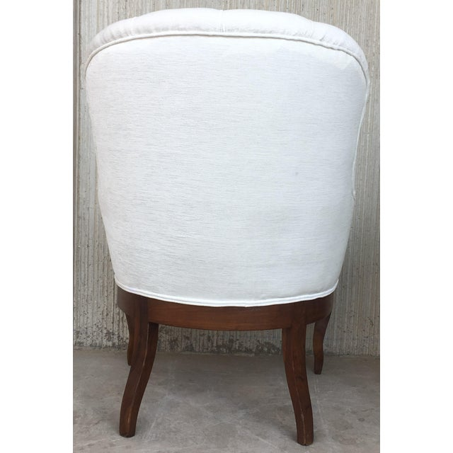 19th Pair of Louis XV Bergère Armchairs in White Velvet For Sale In Miami - Image 6 of 12