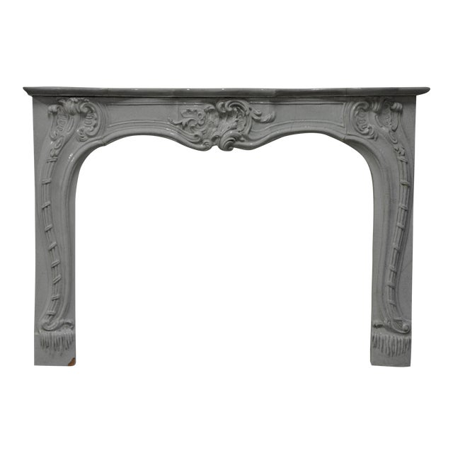 -Unique - 19th c. Porcelain French Rococo Fireplace For Sale