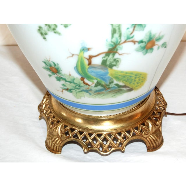 Brass Vintage Asian Style Green Blue Peacock Ginger Jar Table Lamp For Sale - Image 7 of 8