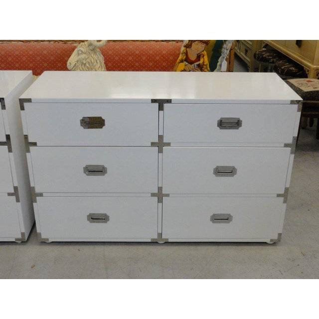 White Lacquered Campaign Chests - A Pair For Sale - Image 4 of 10