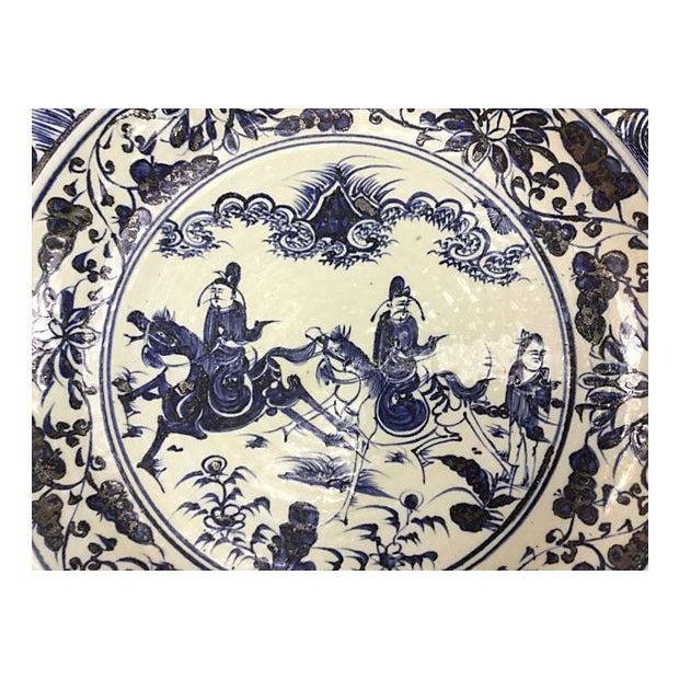 Oversize Blue & White Chinese Warrior Bowl - Image 2 of 5