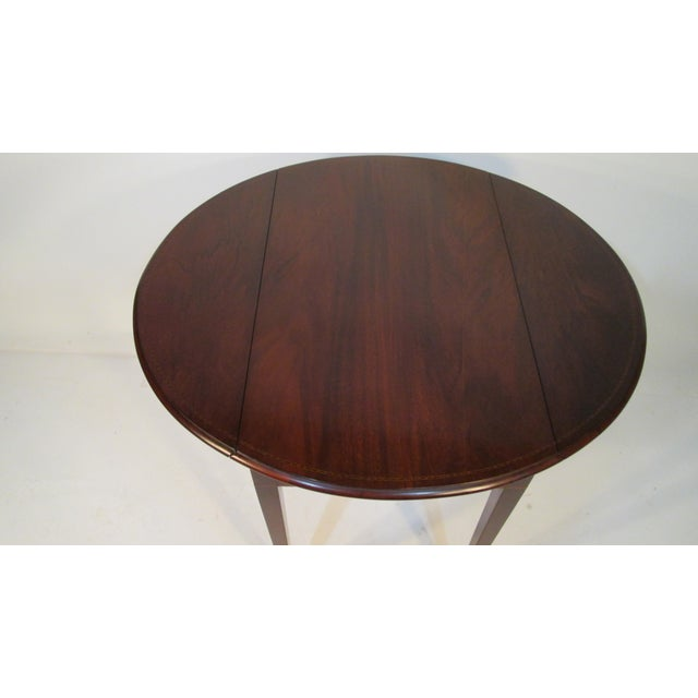 1940s Traditional Beacon Hill Collection Pembroke Table For Sale - Image 5 of 12