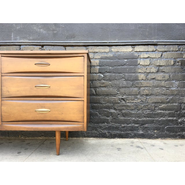 1960's American Walnut Nine Drawer Dresser - Image 5 of 7