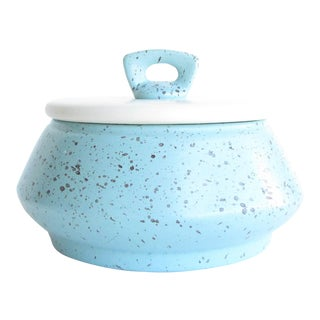 1950s Bauer Pottery Speckled Turquoise Lidded Pottery Serving Dish For Sale