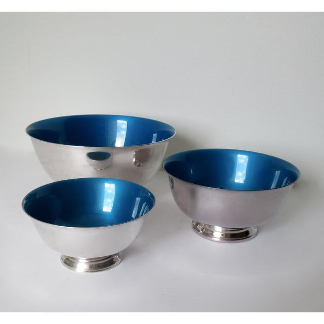1960s Reed & Barton Silver Plate Bowls With Peacock Blue Enameled Interiors -Set of 3 For Sale - Image 5 of 13
