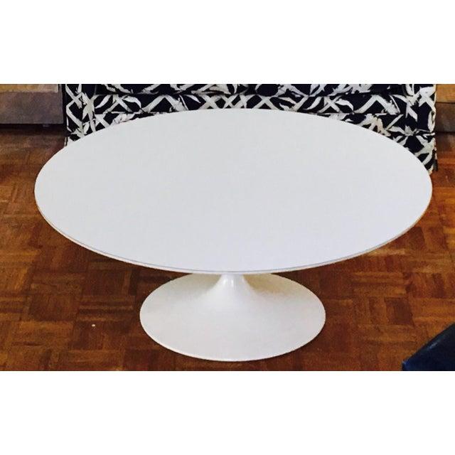 Eero Saarinen for Knoll Pedestal Coffee Table - Image 3 of 6